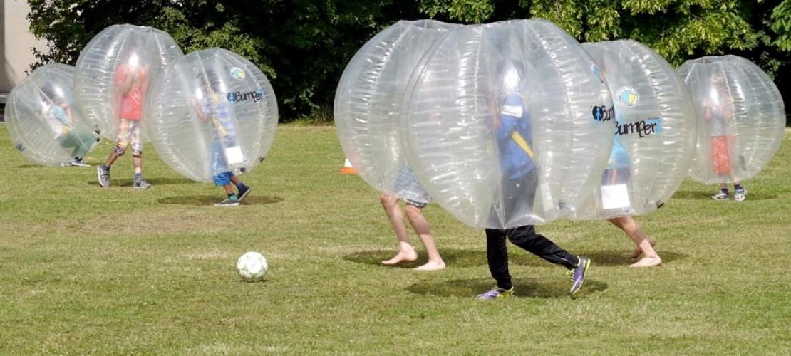 Was bitteschön ist Bubble-Fußball?