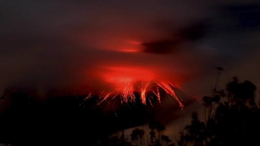 Warum brechen Vulkane aus?