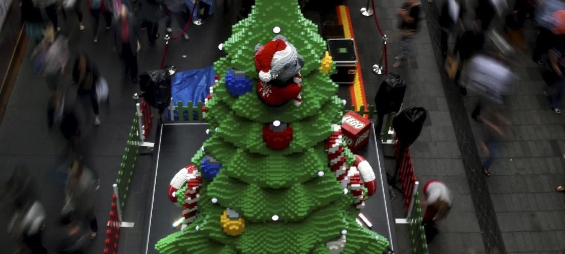 Ein Weihnachtsbaum aus Lego