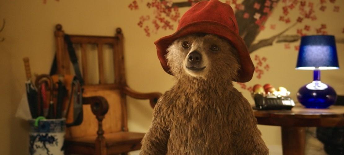 Bär mit Hut und Mantel