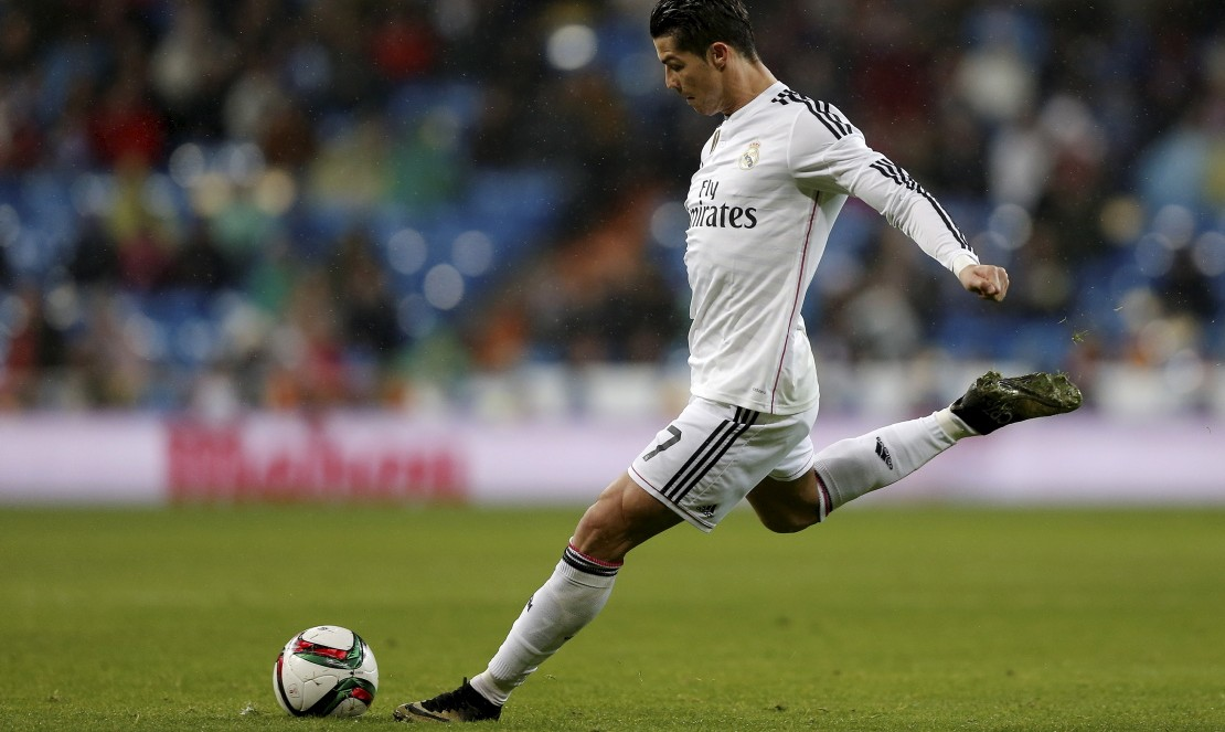 Immer nah am Ball: Weltfußballer Cristiano Ronaldo (Foto: AP)