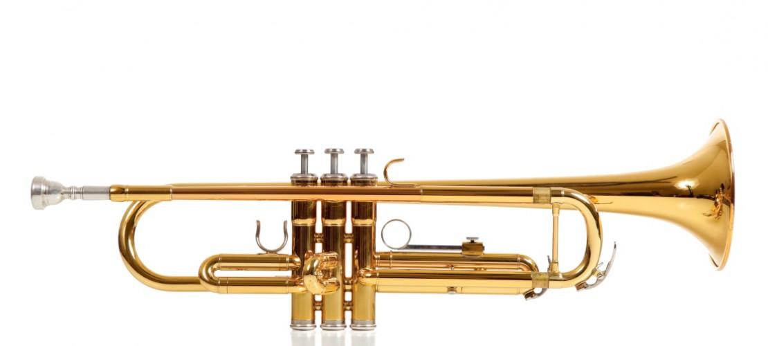 Früher war die Trompete ein Signal-Instrument. Heute ist sie vielseitig einsetzbar. Du kannst sie alleine, in der Band oder im Orchester spielen. (Foto: Thinkstock)