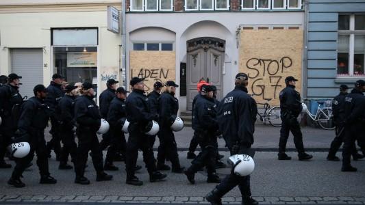 Wegen des G7-Treffens waren auch viele Polizisten in Lübeck. (Foto: dpa)