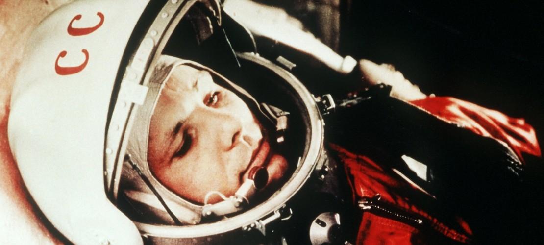 Dies ist Juri Gagarin, kurz bevor er ins All startete. (Foto: dpa)