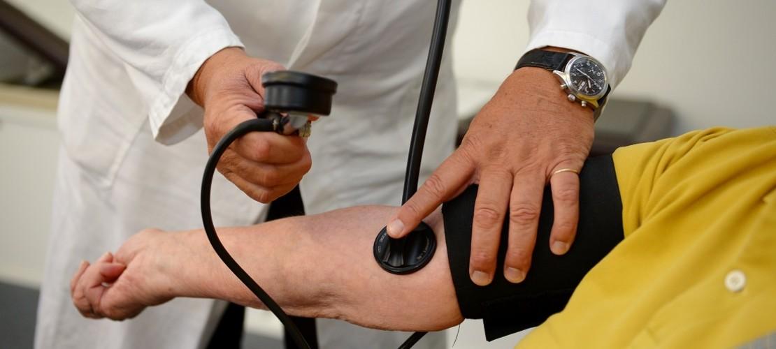 Manche Ärzte reden Fachchinesisch, sagt man. (Foto: dpa)