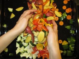 Gemüseblech mit Kräuterquark (3)