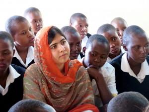 """66 Millionen Mädchen können weltweit nicht in die Schule gehen. Auch davon erzählt der Film """"Malala - Ihr Recht auf Bildung"""". (Foto: dpa)"""