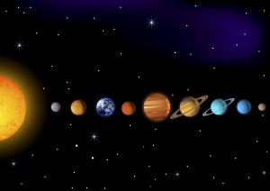Auf diesem Bild findest du die Venus links von der Erde. Zwischen ihr und der Sonne liegt der Merkur. (Foto: Fotolia)