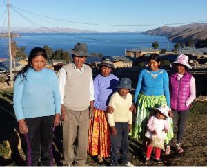 Reyna und ihre Familie (Foto: dpa)