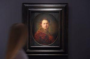 Auch das ist ein Selfie: Rembrandt hat sich selbst gemalt. (Foto: dpa)