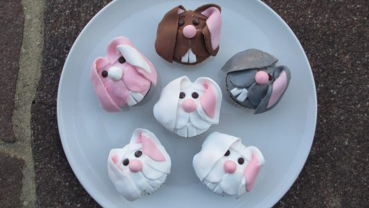 So machst du Hasen-Muffins selbst