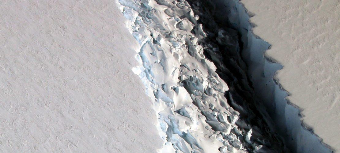 Riesiger Eisberg voraus!