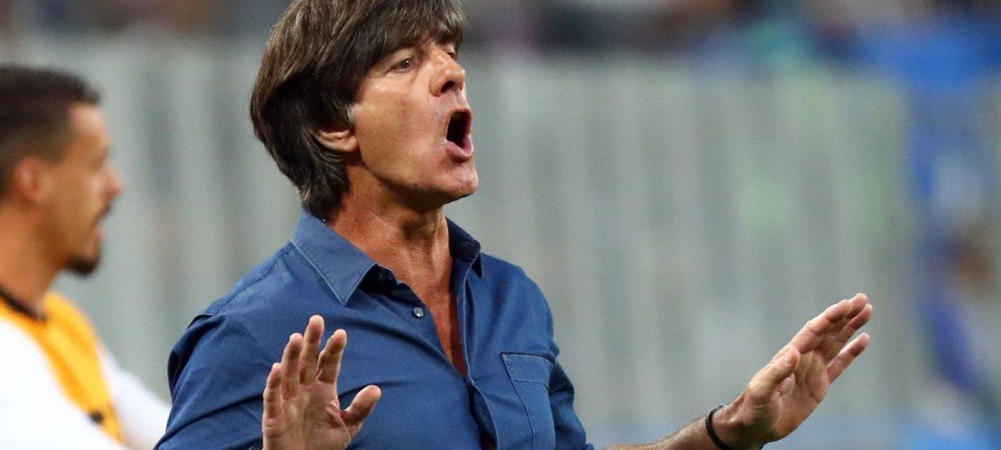 Bundestrainer Joachim Löw testet am Freitag gegen Spanien, wie fit die deutschen Spieler sind. (Foto: dpa)
