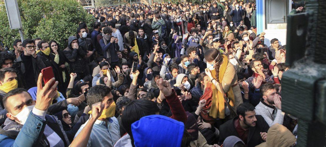 Iraner sagen laut ihre Meinung