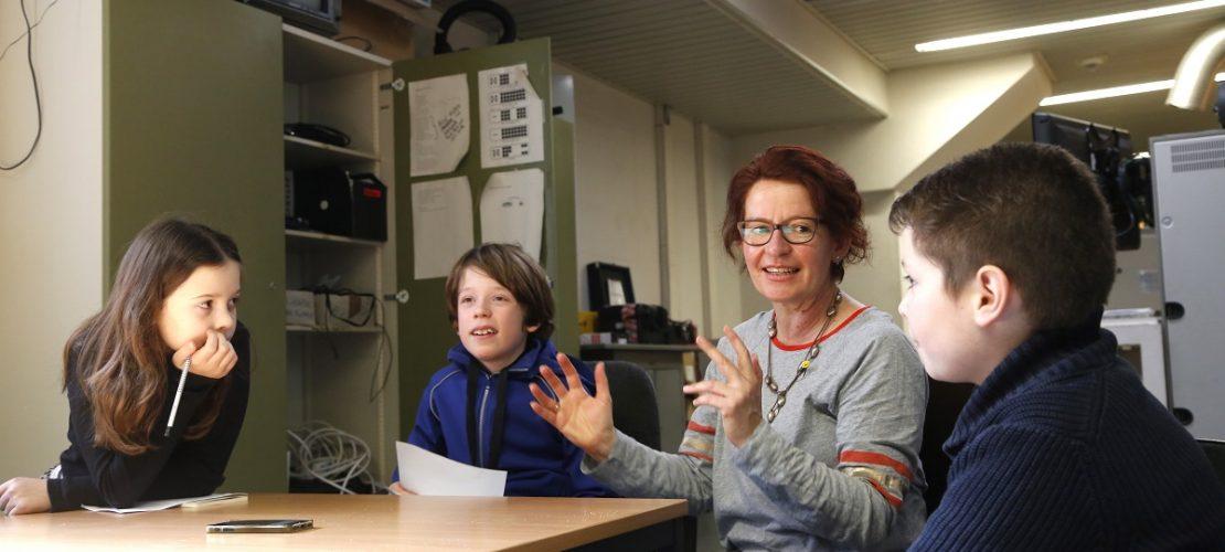 Die Kinderreporter haben Margit Auer viele Geheimnisse entlockt. (Foto: Thomas Banneyer)