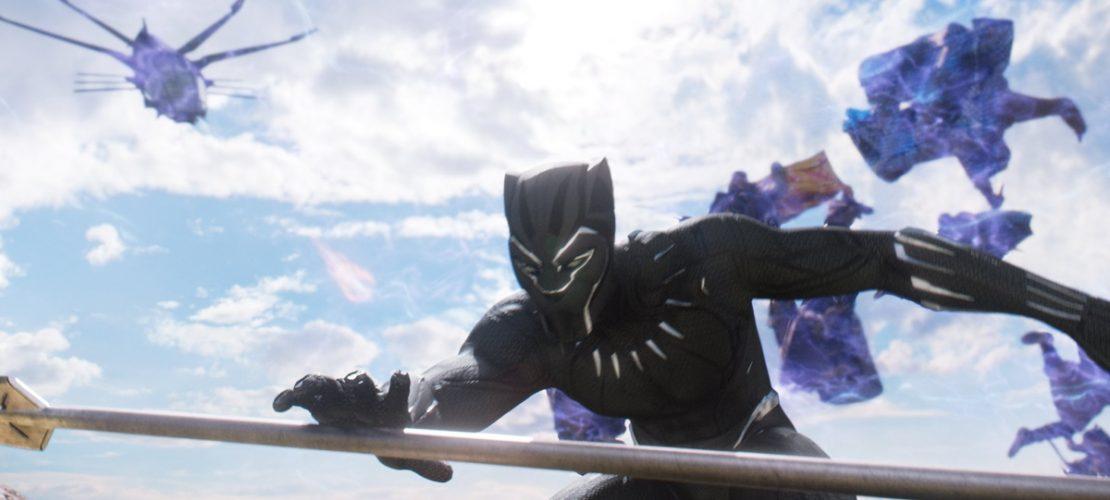 Undatierte Filmszene: Black Panther (Chadwick Boseman) in einer Szene des Films «Black Panther». (Foto: dpa)