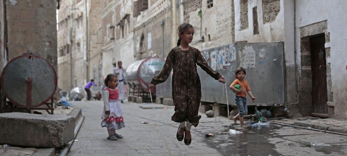 So leben Kinder in der Stadt Sanaa im Land Jemen. (Foto: dpa)
