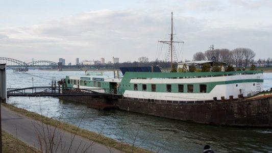 Forschung mal anders. Die Uni Köln hat auf dem Rhein ein Forschungsschiff. (Foto: Michael Bause)