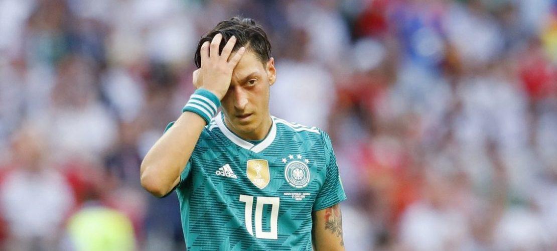 Für Özil war die WM von Anfang nicht leicht. Es gab viel Kritik. Und jetzt auch noch das frühe Aus!(Foto: dpa)