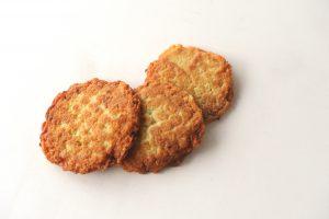 Reibekuchen sind deftig und süß zu gleich. Die Kölner essen sie gerne. (Foto: Stefan Worring)