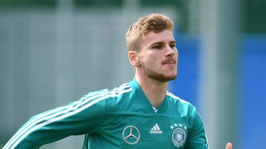 Timo Werner in Aktion beim Training. (Foto: Ina Fassbender/dpa)