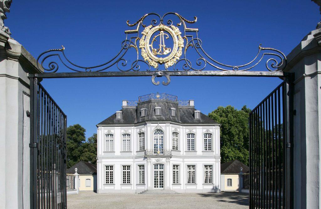 Schloss Falkenlust (Foto: Horst Gummersbach)