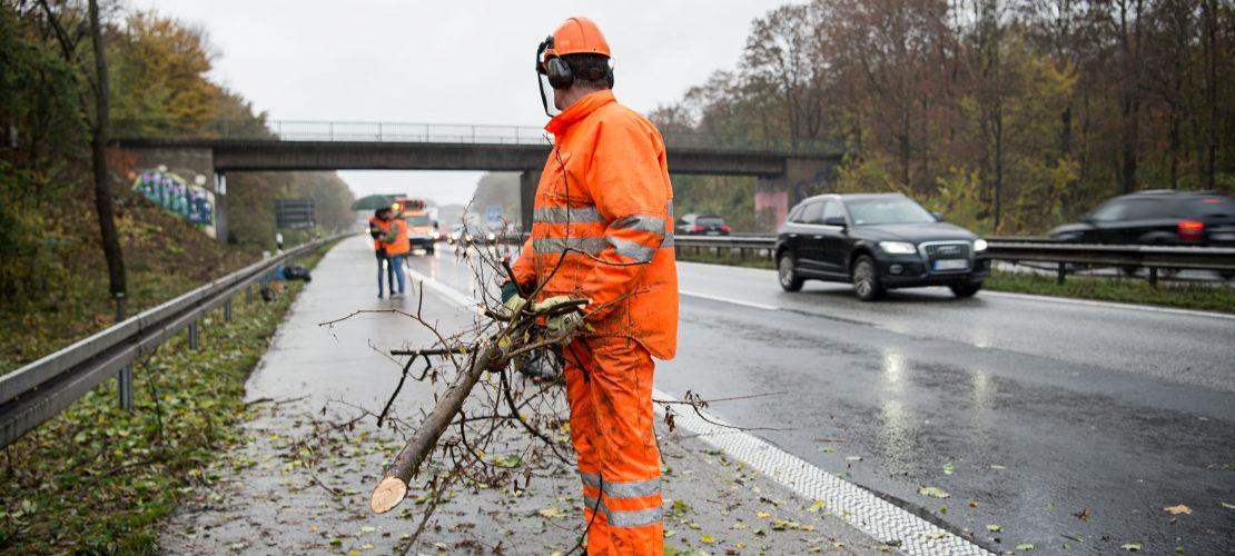 Gefährlicher Arbeitsplatz Autobahn
