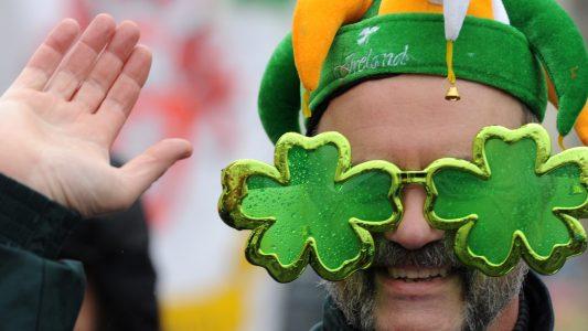 Rote Haare, Volkstanz und Kleeblätter – Irland