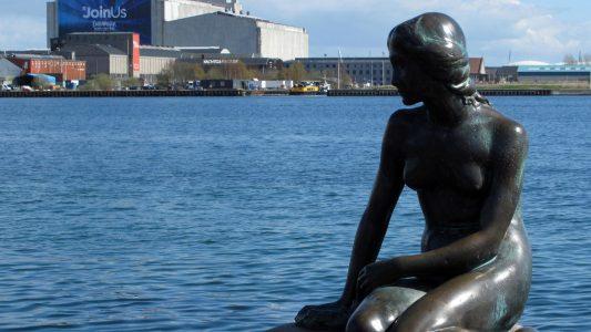 Meerjungfrau feiert Geburtstag