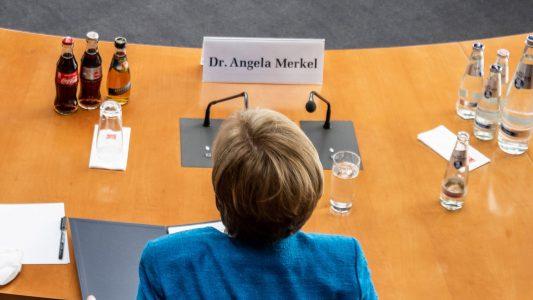 Drei wollen Angela Merkels Job
