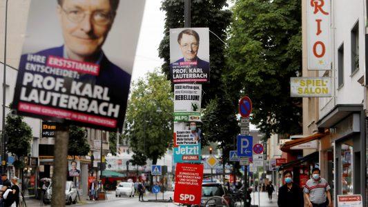 Wahlplakate soweit das Auge reicht, Bild: Kraniqi