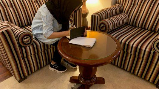 Mariam träumt davon, später auf eine Universität zu gehen. Bild: dpa